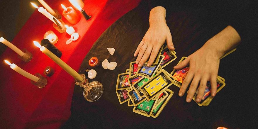 Какие проблемы поможет решить гадание на игральных картах?
